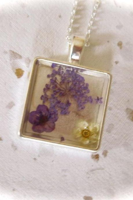 Memories of Flowers - a purple and white dried flower Memory Necklace with a beautiful message