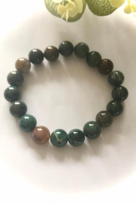 SALE - Beautiful green agate gemstone bracelet