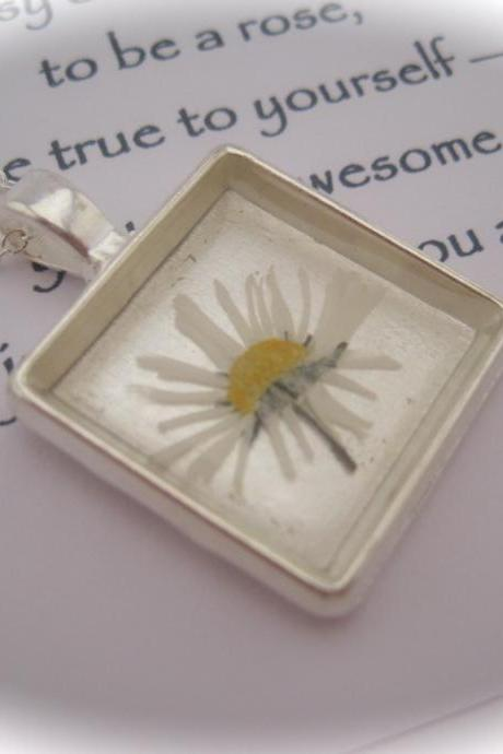 Memories of Daisies in the Garden - a real daisy Memory Necklace